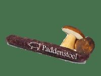 Droge worst met gedroogde bospaddenstoel en kruiden van tamworth bosvarkens